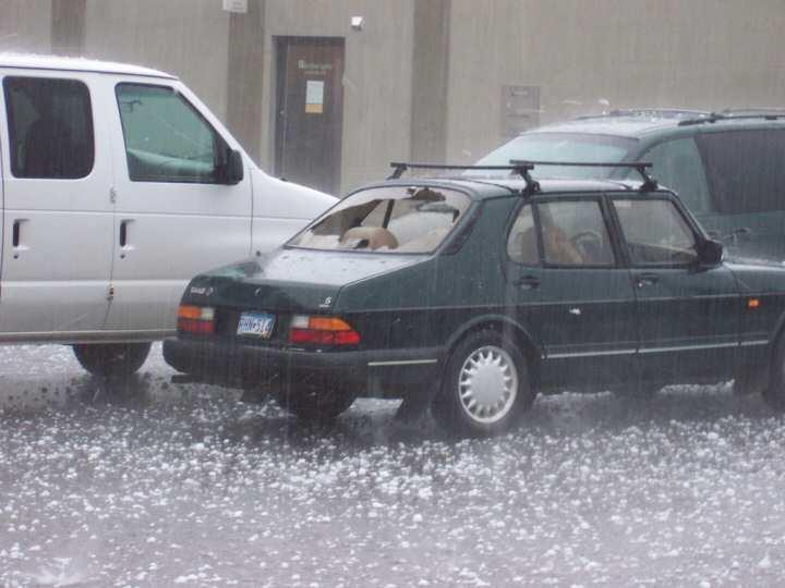 Biggest_Ice_rain_car